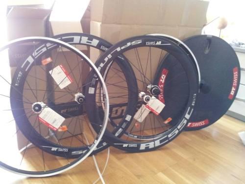 Osim bicikla, ovaj tjedan su stigli kotači od novog sponzora DT Swiss